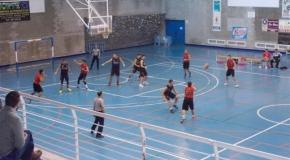 Torrevieja gana a Onil y Guardamar cae al puesto de colista